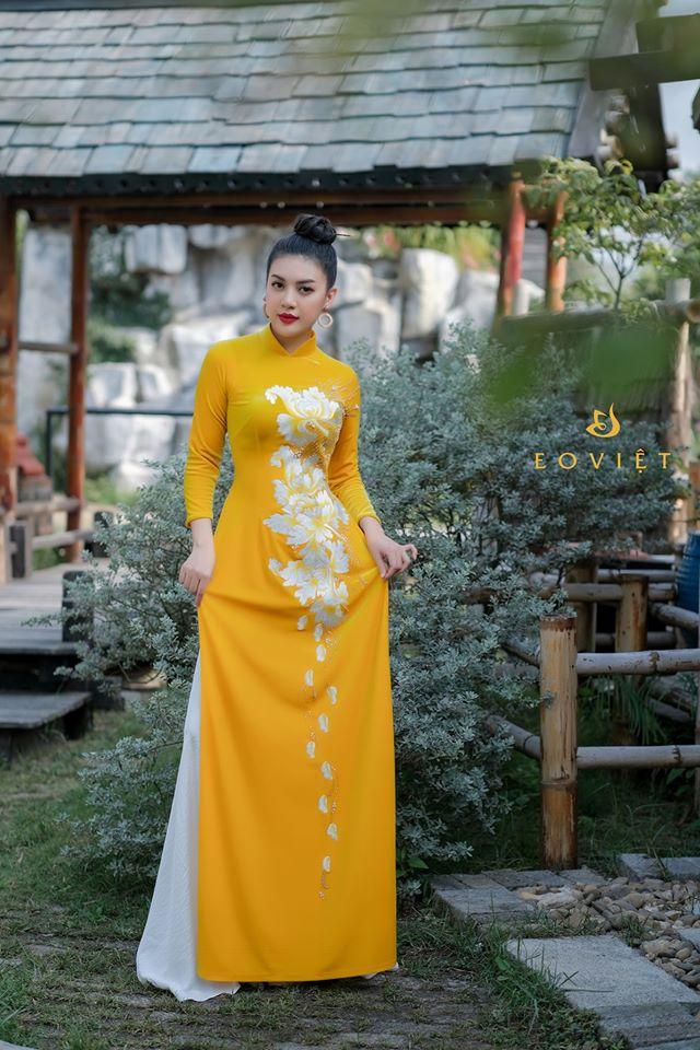 Áo dài nhung Hàn Quốc thêu lắc tay họa tiết hoa mộc lan AD68/3