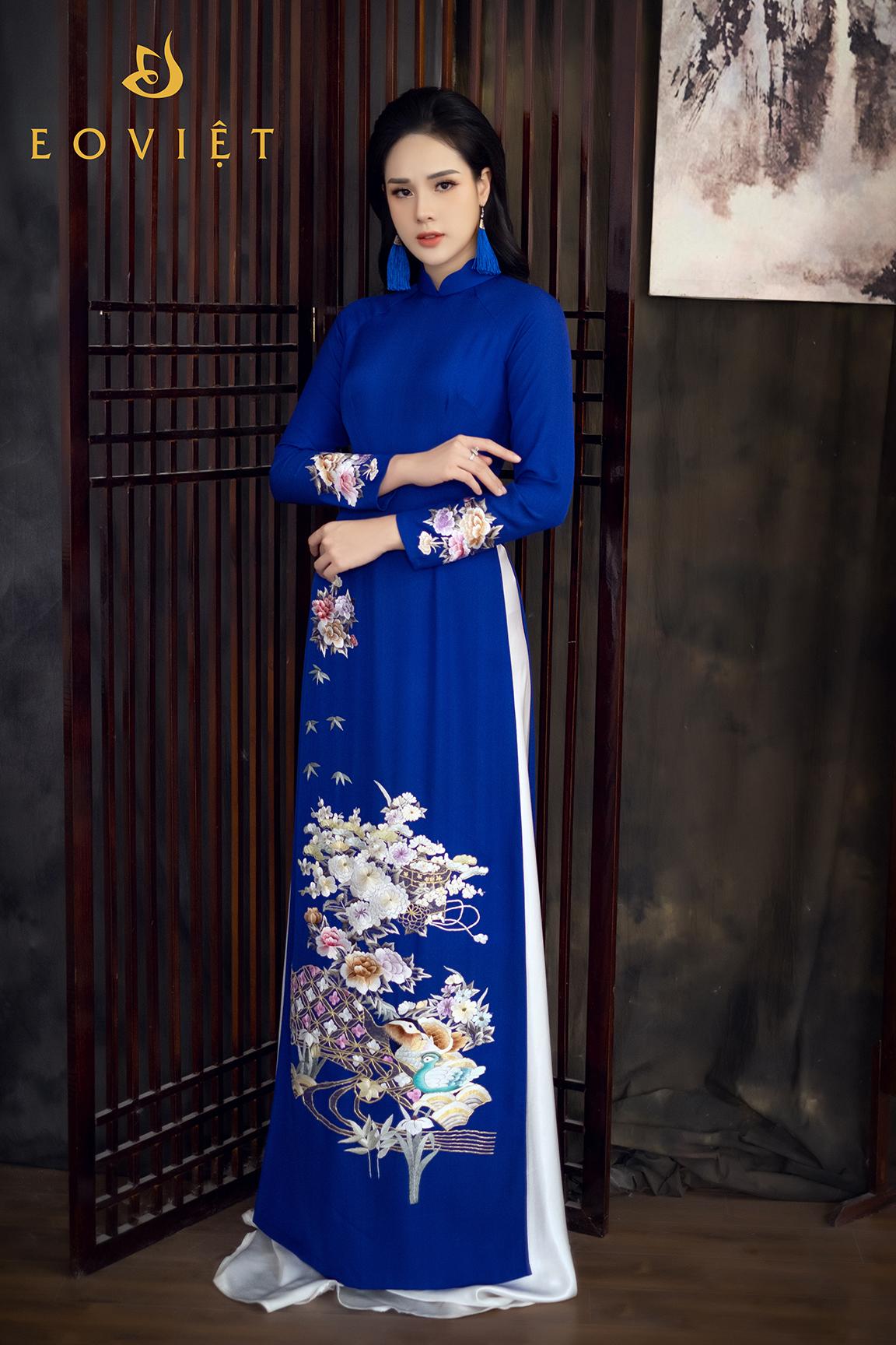 Áo dài cao cấp thêu tay họa tiết Phù Dung- Thiên Nga AD11