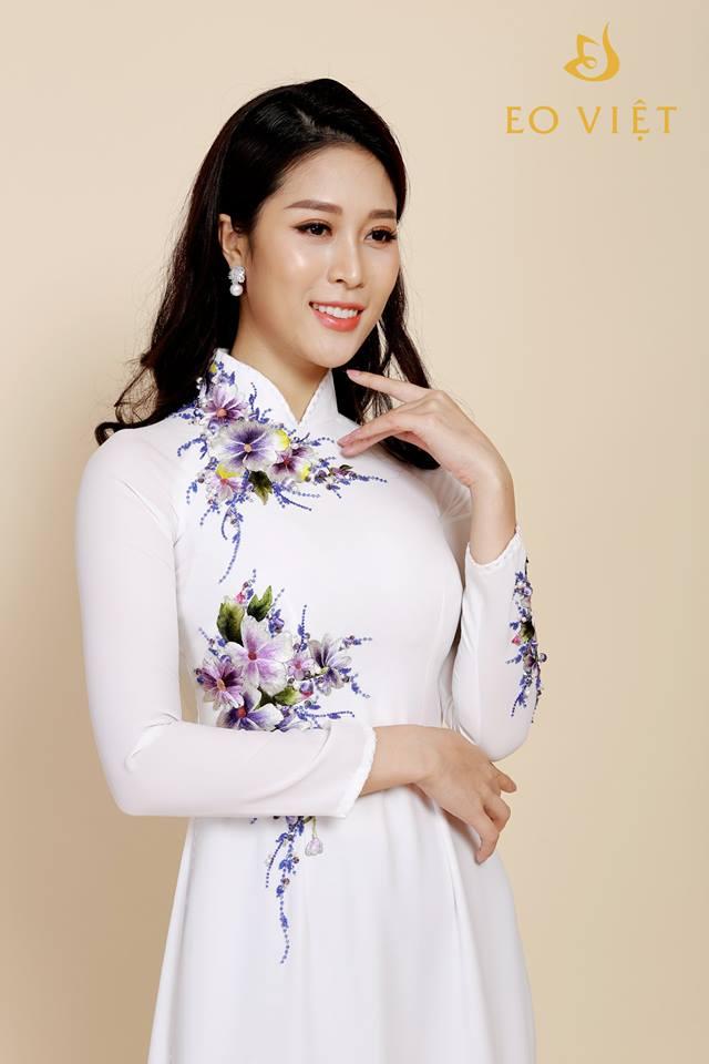 Áo dài thêu tay cao cấp hình hoa TM013
